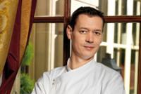 Jérôme Chaucesse, chef pâtissier à l'hôtel de Crillon, Paris 8e (Photo : latoque.fr)