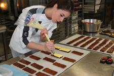 Femmes en boulangerie-pâtisserie (Photo : latoque.fr).