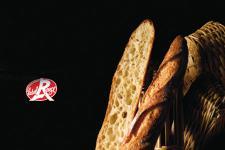 Le Label Rouge sur la baguette Bagatelle : un signe d'excellence globale. (Photo : latoque.fr)