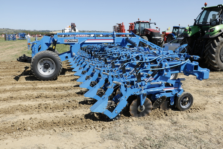 Carré fait son strip-till.